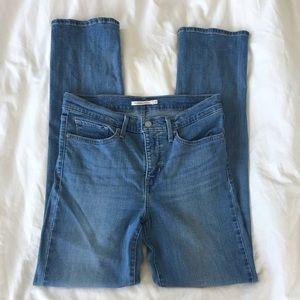 Levi's Light Wash 314 Straight denim jeans